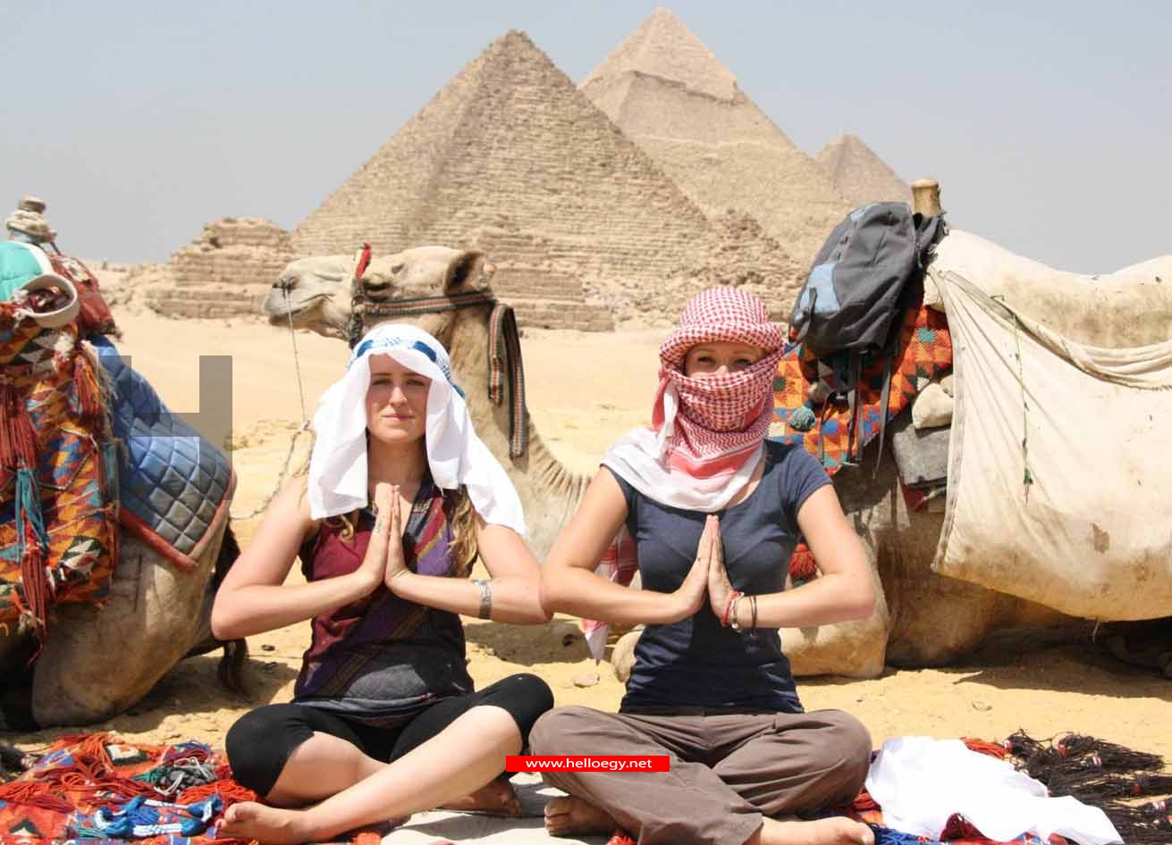 Tourists make cautious return to Egypt