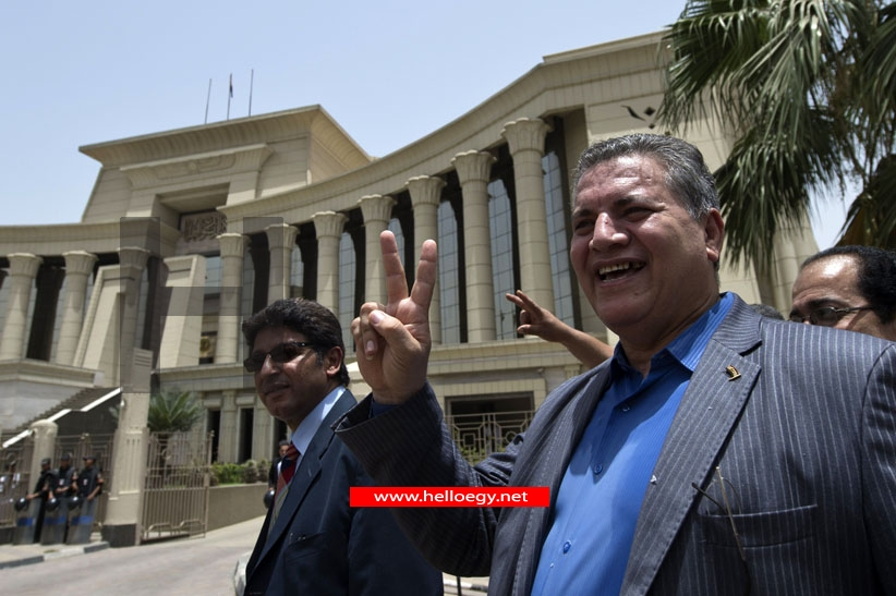 Egypt parliament ruled illegal, but to stay on