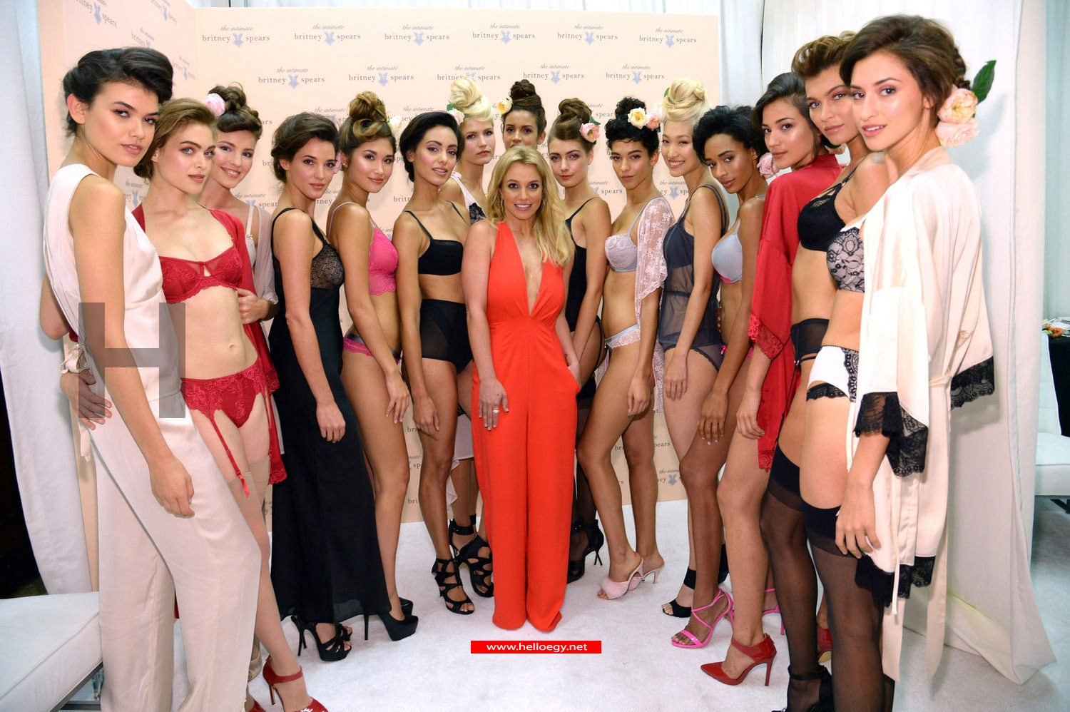 "Britney Spears Overcomes Betrayal by Designing ""Lingerie"""