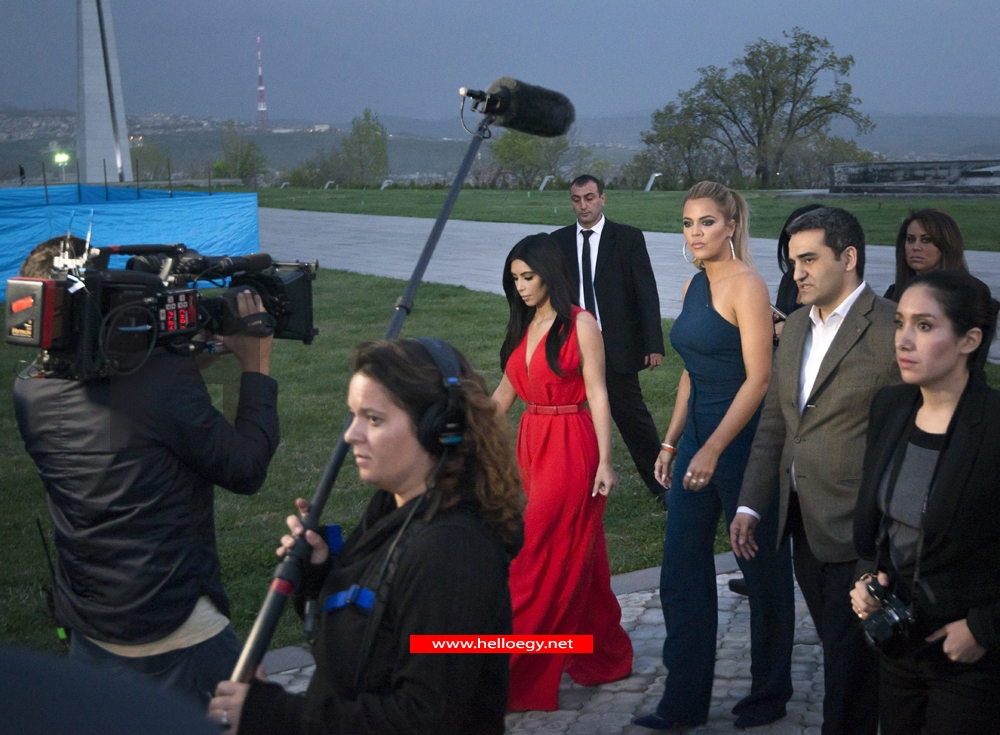 Kim Kardashian placed flowers at the killings' memorial of Armenians