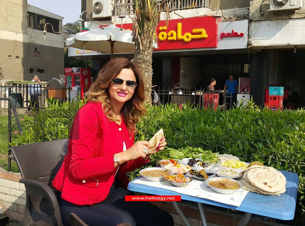 Pascale Machalani Eats Egyptian Food at Hamada Reastaurant