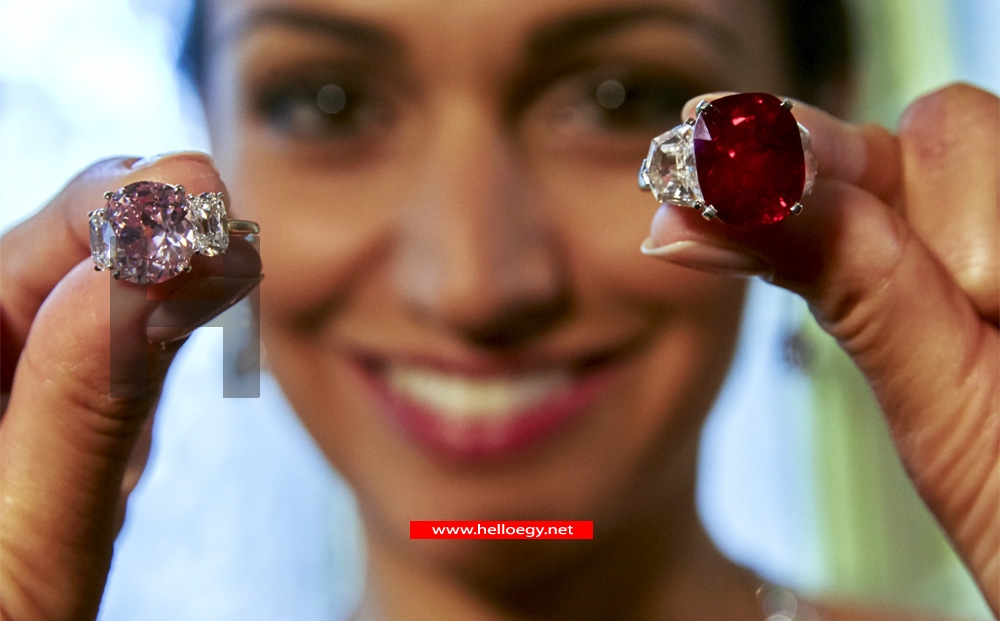 Ruby sets record, pink diamond and pearls shine at Sotheby's sale
