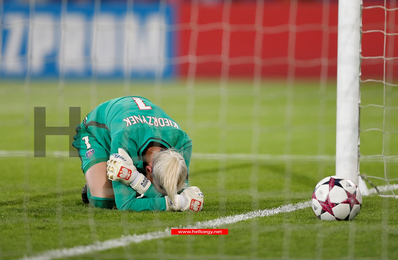 Paris Saint Germain's Katarzyna Kiedrzynek looks dejected after losing the penalty shootout Action Images via Reuters